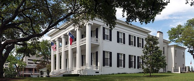 Ghosts roam at the Governor's Mansion